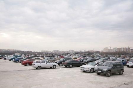 משה קונה רכבים ומכוניות לנסיעה לפרוק וברזל